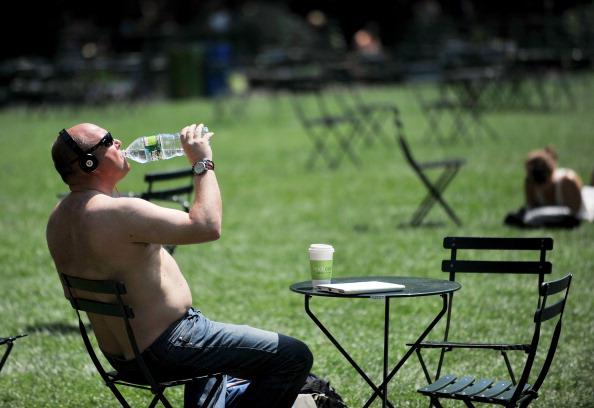 Європа, Ірак та США потерпають від аномальної спеки. Фото: STAN HONDA/AFP/Getty Images
