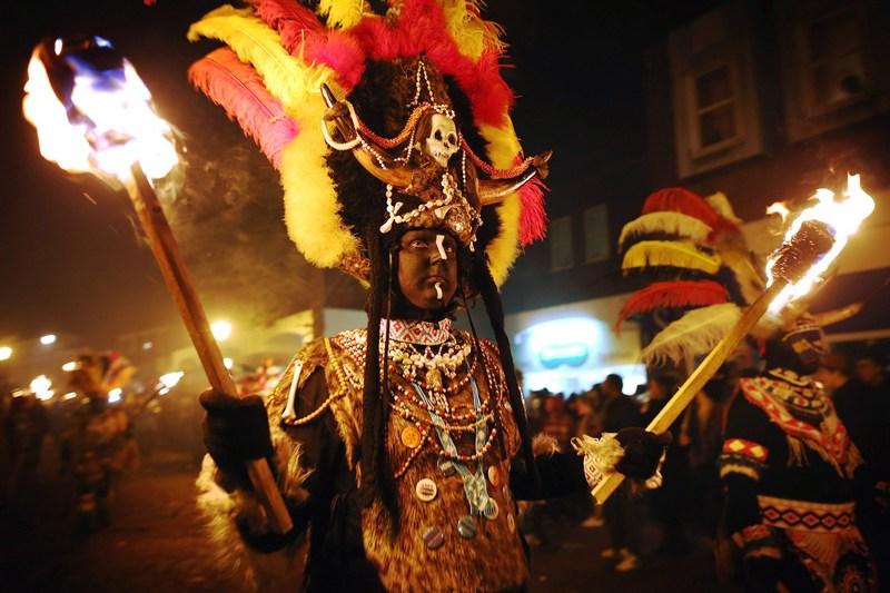 Леуэс, Англия, 5 ноября. В стране отмечается «Ночь костров» или «Ночь Гая Фокса». Фото: Dan Kitwood/Getty Images