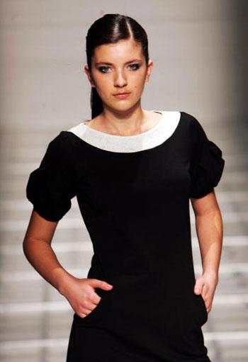 Коллекция осень/зима от Serdoun на Неделе моды в Новой Зеландии. Фото: Phil Walter/Getty Images