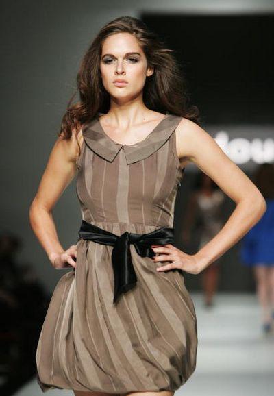 Коллекция одежды от дизайнера Serdoun, фото: Gaye Gerard/Getty Images