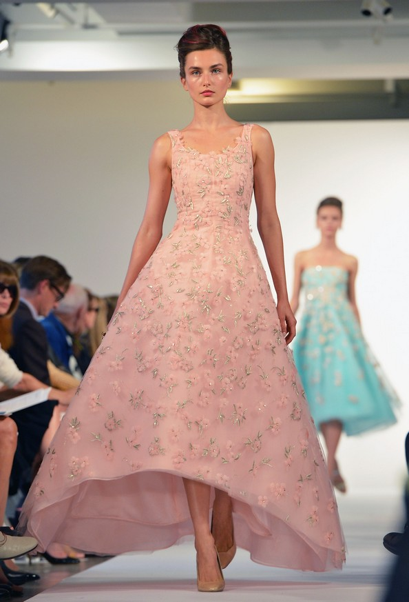 Оскар де ла Рента (Oscar De La Renta) з колекцією весна 2013 на Mercedes-Benz Fashion Week у Нью-Йорку. Фото: Slaven Vlasic/Getty Images
