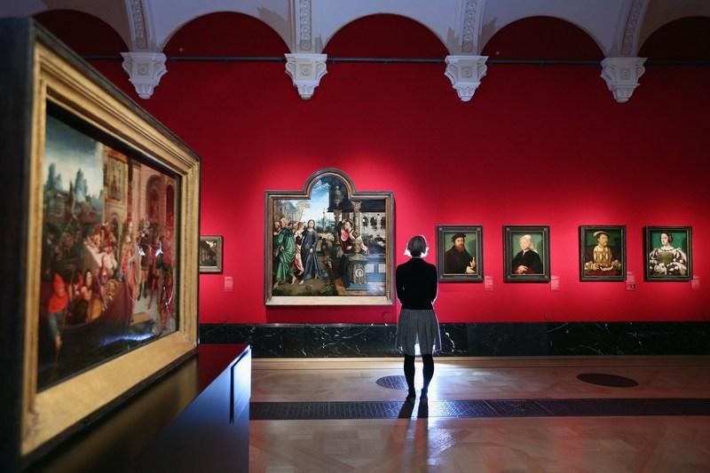Лондон, Англія, 29жовтня. У Королівській галереї Букінгемського палацу відкрилася виставка «Північний ренесанс: від Дюрера до Хольбейна». Фото: Oli Scarff/Getty Images
