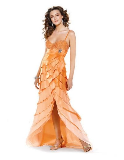 Розкішні літні вечірні сукні. Фото з efu.com.cn