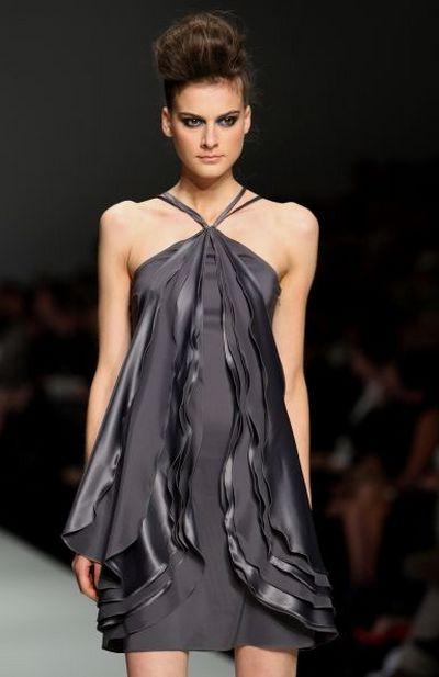 Колекція одягу від дизайнера Serdoun. Фото: Gaye Gerard/Getty Images