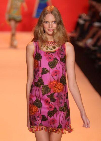 Коллекция одежды весна-2009 от Anna Sui. Фото: Scott Gries/Getty Images