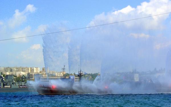 Пожарные катера. Фото: Алла Лавриненко/The Epoch Times Украина
