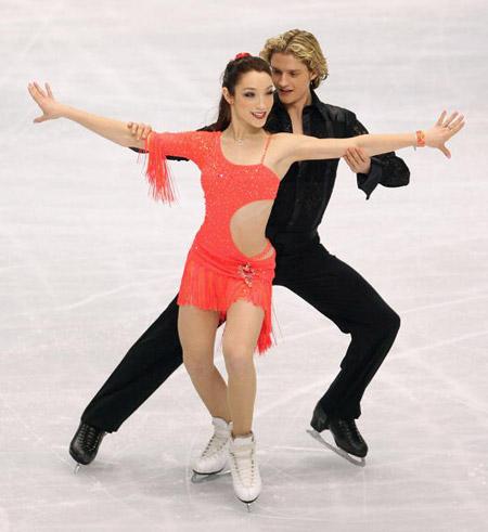 Американська пара Meryl Davis і Charlie White на чемпіонаті в Токіо. Фото: Koichi Kamoshida/Getty Images