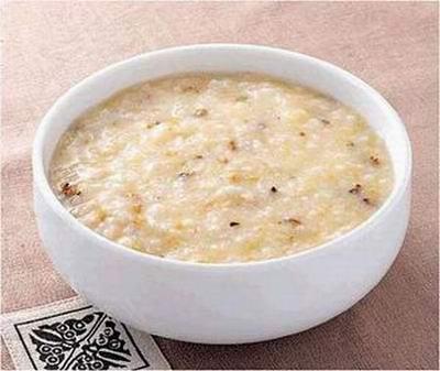 Каша с морепродуктами. Фото: secretchina.com