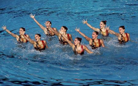 Волоська команда під час технічної програми в синхронному плаванні. Фото: Robert Cianflone/Getty Images