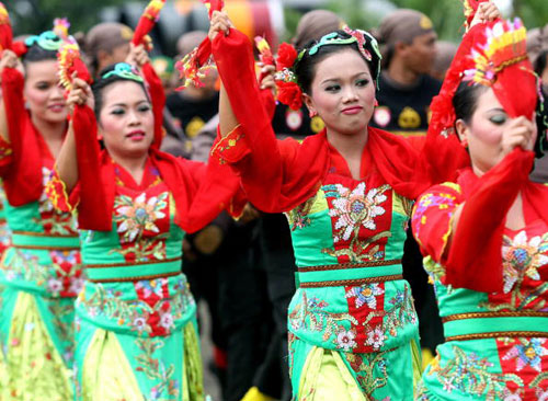 В Индонезии отпраздновали день вооружённых сил. Фото: ADEK BERRY/AFP/Getty Images