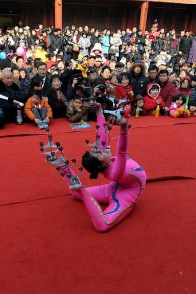 Традиционная китайская акробатика. Фото: AFP/Getty Images