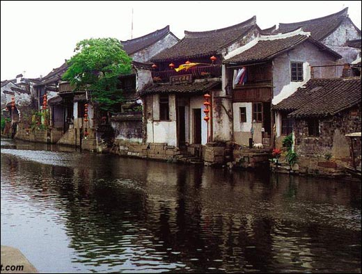 Чжоучжуан, древний посёлок на воде. Фото с chinataiwan.org