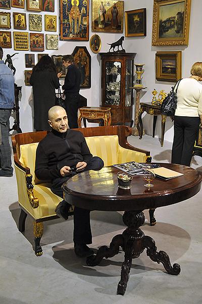 Великий Антикварний Салон відкрився в Києві 15 грудня 2010 року. Фото: Володимир Бородін / The Epoch Times Україна