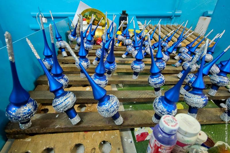 Наконец ёлочные украшения полностью готовы. Фото: holy-mozart.livejournal.com