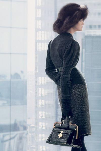 Для деловых женщин: роскошная женская коллекция oscar de la renta. фото с efu.com.cn