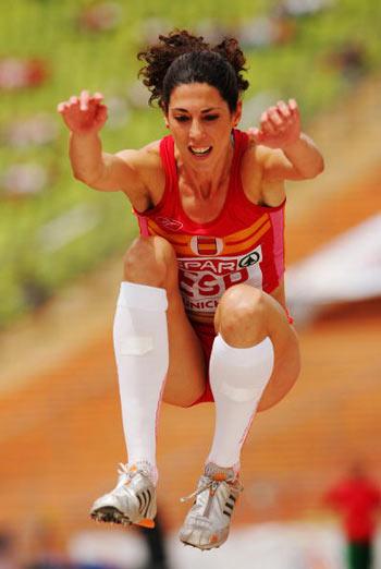 Мюнхен. Германия. Испанка Carlota Castrejana во время Кубка Европы-2007 по лёгкой атлетике.  Фото: Ian Walton/Getty Images