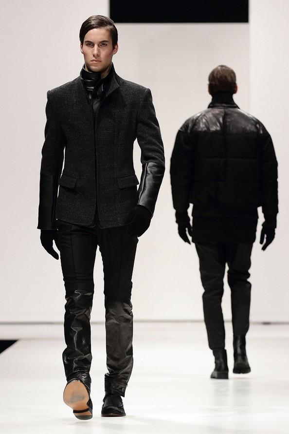 Мужская коллекция осень-зима 2012/13 от SONZIO и Spencer Hart на Singapore Men's Fashion Week. Фото: Фото: Suhaimi Abdullah/Getty Images