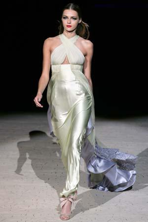 Вбрання від Валентіно. Фото: FRANCOIS GUILLOT/AFP