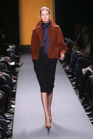 Колекція вбрання від модельєра Кенет Коул. Фото: Mark Mainz/Getty Images