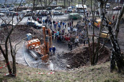 Поиски знаменитой Янтарной комнаты продолжаются немецкими археологами близ деревни Дойчнойдорф (Deutschneudorf) в Германии. Фото: Johannes Simon/Getty Images
