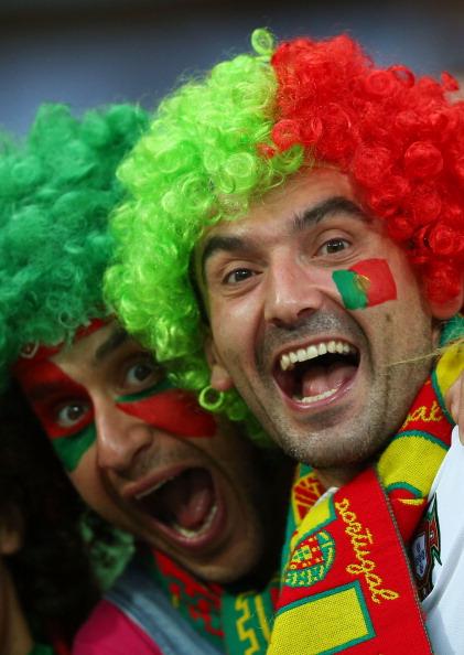 Португальские болельщики 9 июня 2012 года во Львове, Украина. Фото: Alex Ливси/Getty Images