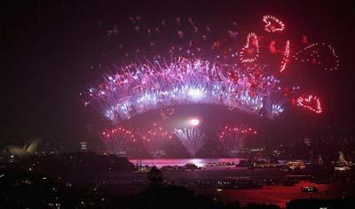 Більше 1 млн. людей зібралися в сіднейському порту щоб побачити святкове дійство. Фото: Getty Images