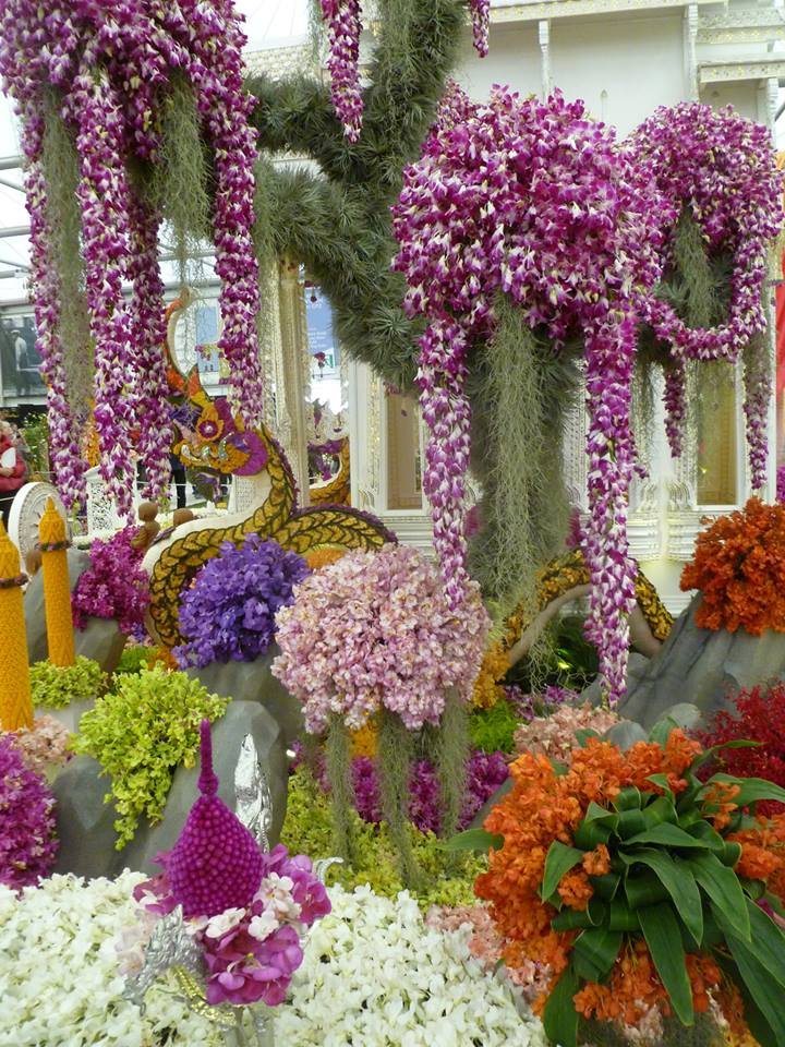 Фрагмент тропического ботанического сада «Nong Nooch» из Паттайи (Таиланд) на выставке цветов в Челси. Фото: rhschelsea/facebook.com