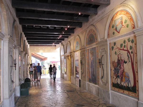 Галерея Маленький Лувр, Avignon, FRANCE. Фото: Ирина Лаврентьева/Великая Эпоха
