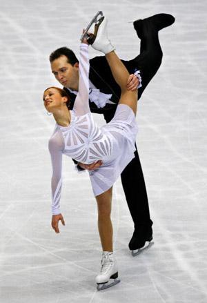 Українська пара Tatiana Volosozhar і Stanislav Morozov на чемпіонаті світу з фігурного катання. Фото: TORU YAMANAKA/AFP/Getty Images