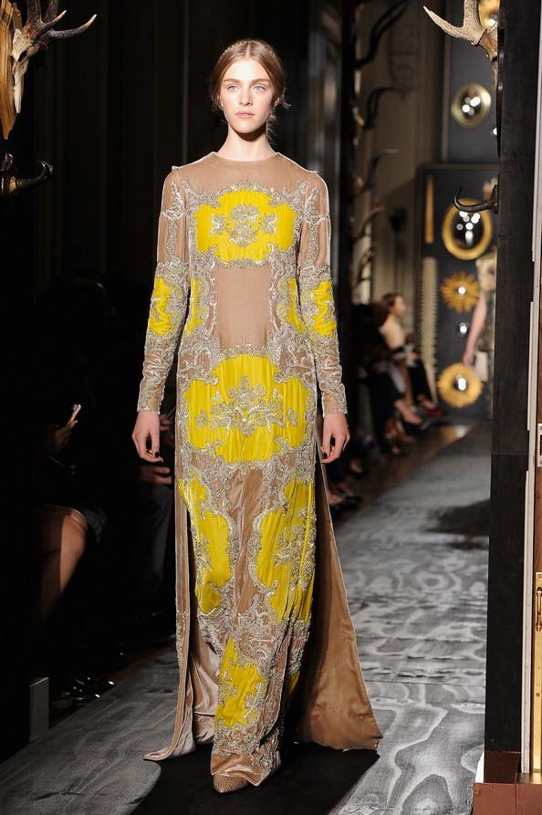 Модний дім Valentino на Тижні високої моди в Парижі. Фото: Pascal Le Segretain/Getty Images