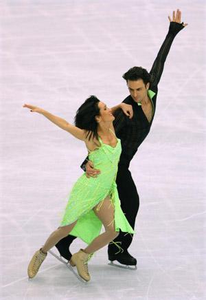 Канадська пара Patrice Lauzon і Marie-France Dubreuil на чемпіонаті в Токіо. Фото: Koichi Kamoshida/Getty Images