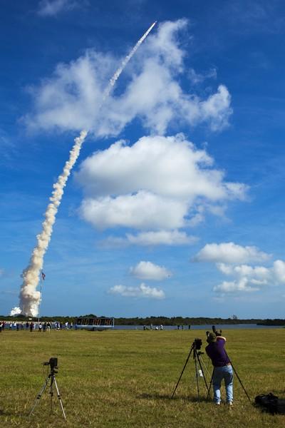 Успешный запуск ракеты Ares I-X в США. Фото: Getty Imges