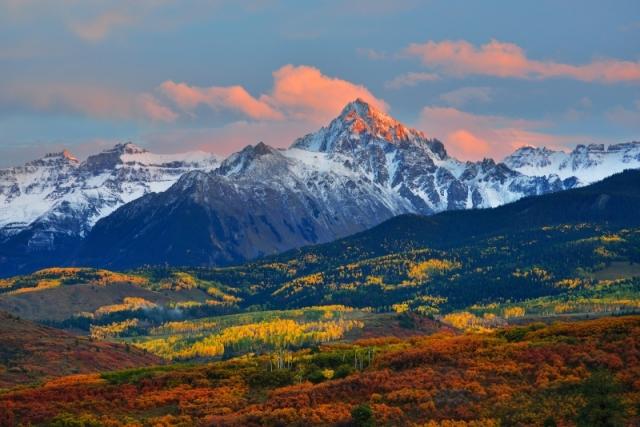 Гора Снеффелс (горная система «Скалистые горы»), вечер. Снимок сделан с перевала Даллас, штат Колорадо. Фото: Jim Fox/outdoorphotographer.com