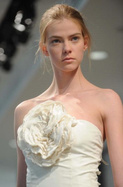 Коллекция Bridal Весна 2008 от Vera Wang. Фото: Brad Barket/Getty Images