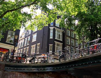 Амстердам. Міст. Фото: Ірина Рудська / The Epoch Times