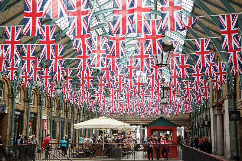 Лондон, Англія, 1червня. Ковент-Гарден готується зустріти діамантовий ювілей правління королеви Єлизавети II. Фото: Oli Scarff/Getty Images