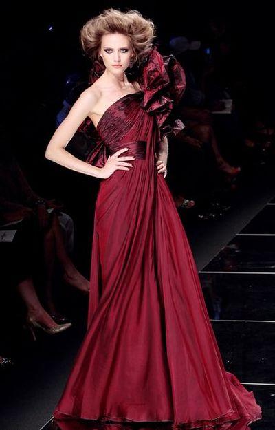 Утонченная и элегантная коллекция от Elie Saab на неделе Высокой моды в Париже от Elie Saab. Фото: AFP
