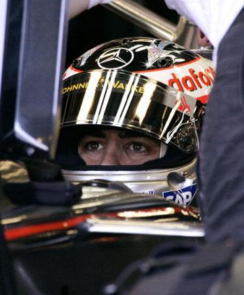 Во время субботней утренней практики лучший результат показал чемпион мира Фернандо Алонсо (Fernando Alonso). Фото: DON EMMERT/AFP/Getty Images