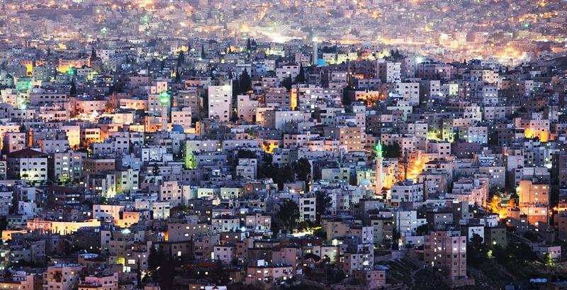 Столица Иордании, Амман. Вечерний вид на город. Фото: Adam Pretty/Getty Images