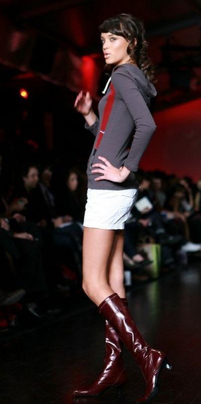 Тиждень моди L'Оreal у Торонто.Колекцiя від DAN (Tatsuaki) Liu. фото:И Тянь/Тhe Epoch Times