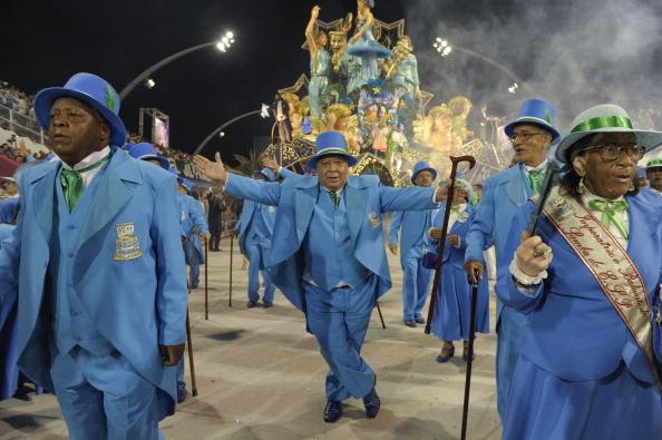 Рио-де-Жанейро: ежегодный самба фестиваль. Фото: MAURICIO LIMA/AFP/Getty Images