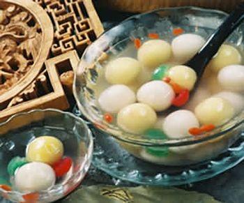 На вид «юаньсяо» бывают самые разнообразные. Фото с secretchina.com