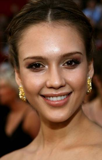 Актриса Джессика Альба (Jessica Alba) посетила церемонию вручения Премии Оскар в Голливуде Фото: Frederick M. Brown/Getty Images