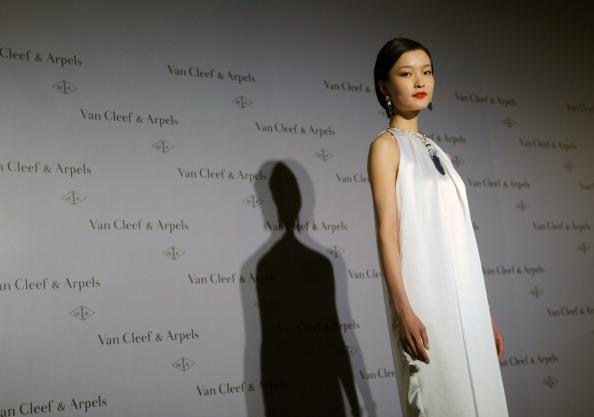 Нова колекція Van Cleef & Arpels. Фото SAM YEH / AFP / Getty Images