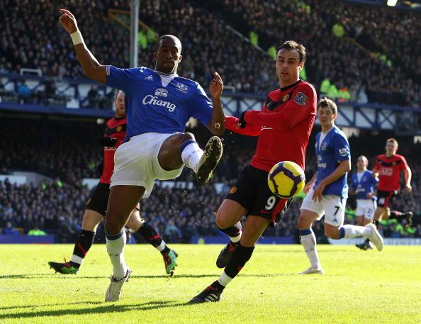 «Эвертон» - «Манчестер Юнайтед» Фото: Ross Kinnaird, Clive Brunskill /Getty Images Sport