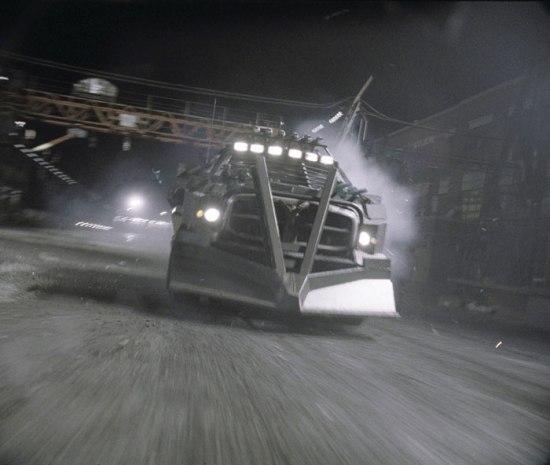 Кадр из фильма Смертельная гонка. Фото с сайта kinokadr.ru
