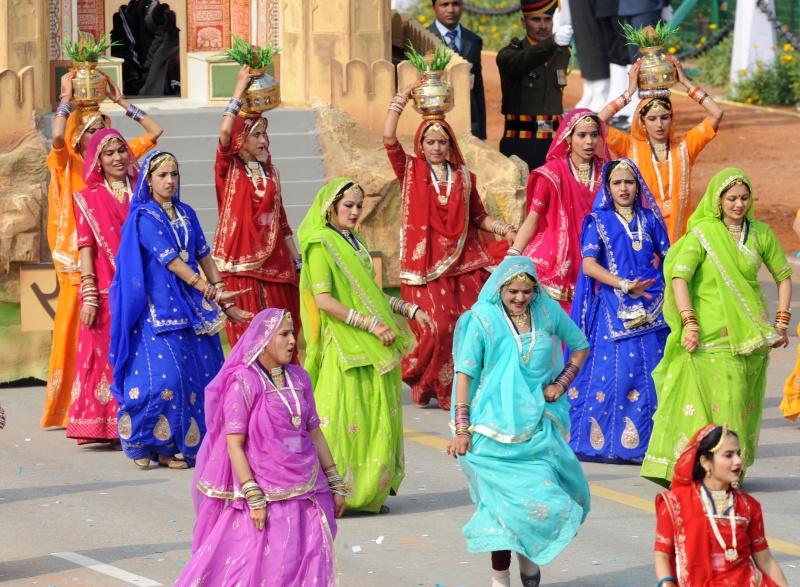 Женщины из штата Раджастан на параде в Нью-Дели. Фото: RAVEENDRAN/AFP/Getty Images