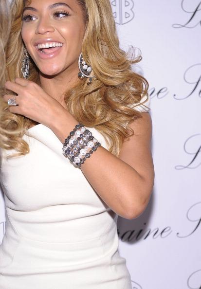 Ювелірна колекція Beyonce на 2bhappy Нью-Йорк. Фото Michael Loccisano/getty Images