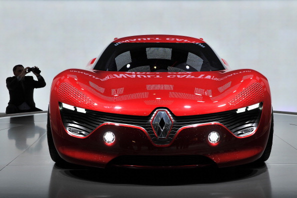 Renault Dezir electric concept car. Фото:FABRICE COFFRINI/Getty Images