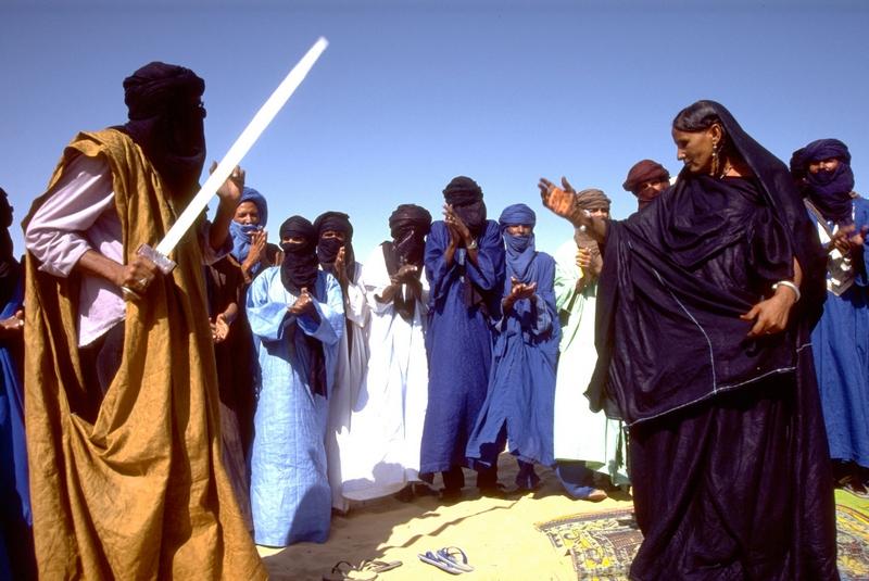 Малі, 1 липня 2012. Влада звернулася до ООН вжити заходів до дій екстремістів, які розорили святині в Тімбукту. Фото: EVAN SCHNEIDER/AFP/GettyImages
